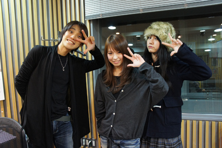 Radio program pictures 39474-P