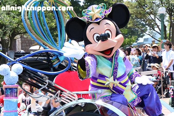 東京ディズニーランドで七夕イベントがスタート!新コスチュームもお披露目!